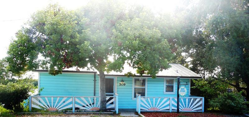 Rains Cottage in Cedar Key Let us be your home away from home